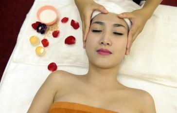 Khách Vip trải nghiệm dịch vụ thư giãn cho da lão hóa